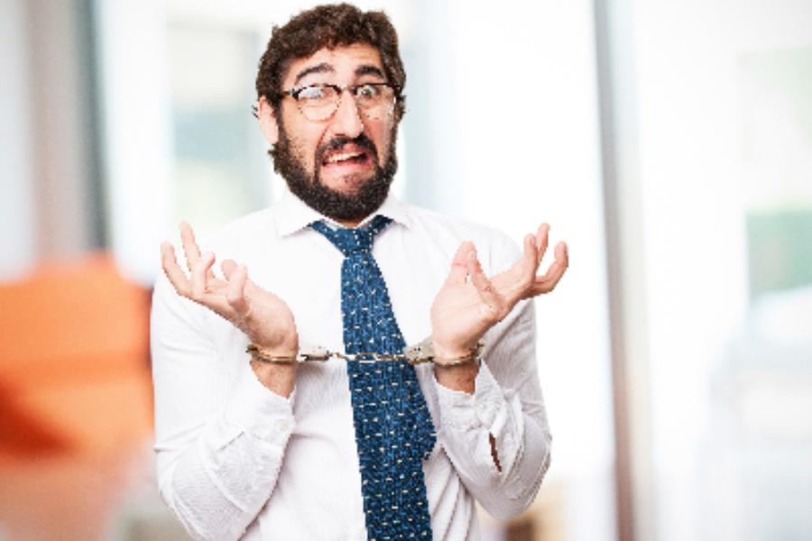 Воровство сотрудников: кто виноват и что делать