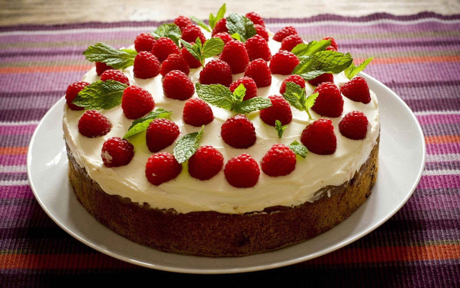 47575-cooking-raspberry-cake