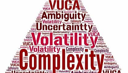 Что такое VUCA-мир и как в нем продавать